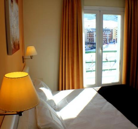 Double room with ski slope views